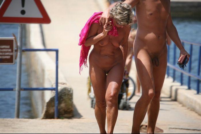 granny nudist pics
