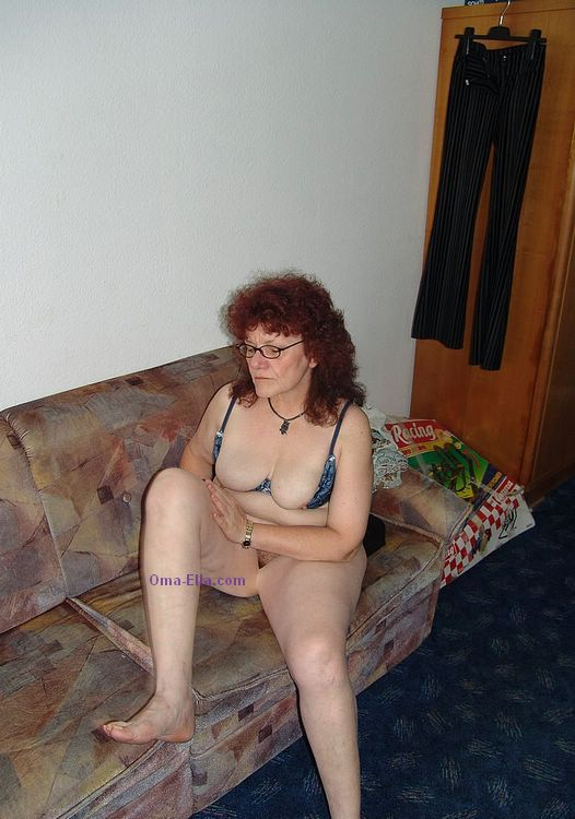 More amateur matures from Oma Jolana site here