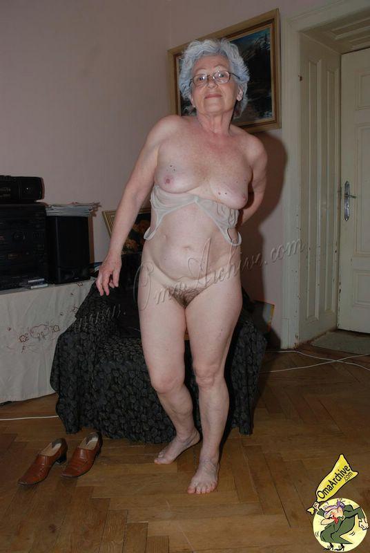 Bodybuilder bryan roberts nude