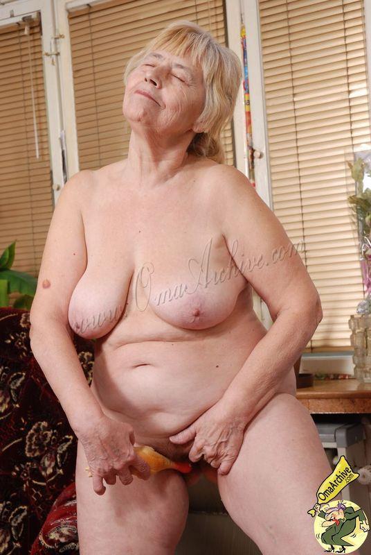 Lili h nude