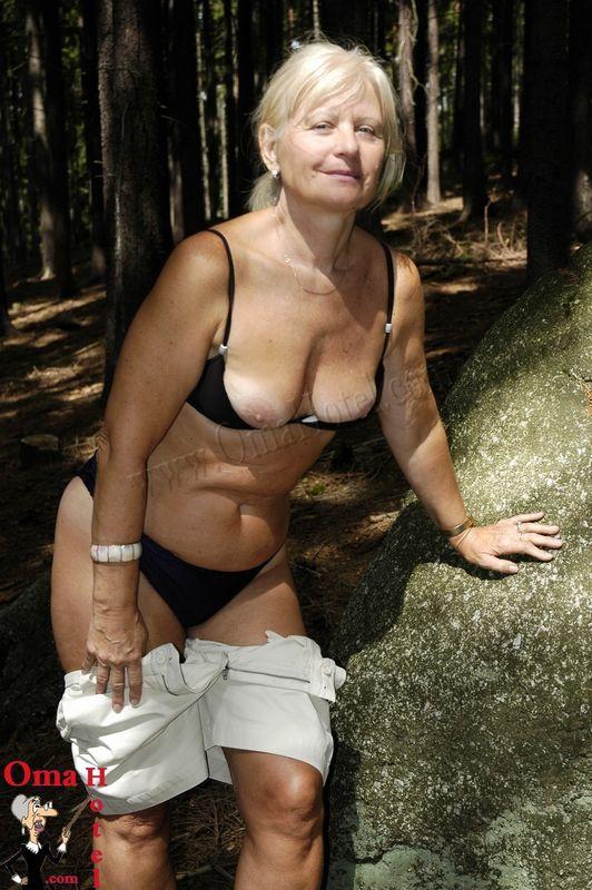 Micaela schäfer lesbian porn