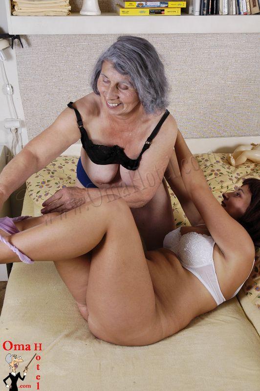 Varm farmor knulla