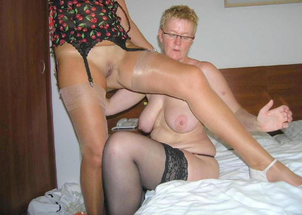 only sexy grannies