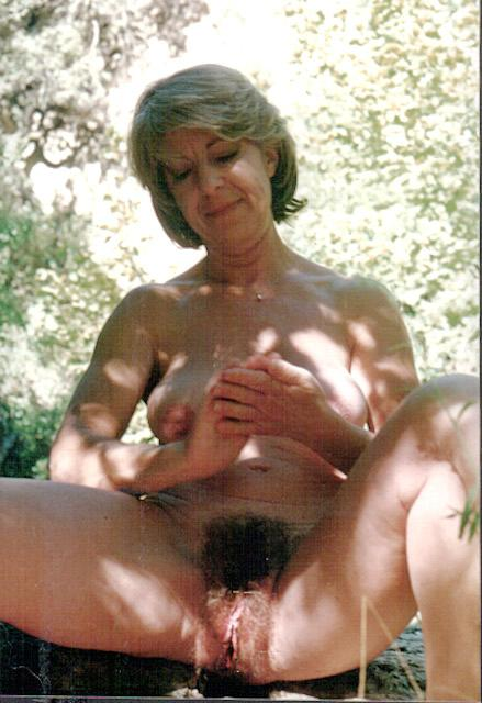 click here to visit nudist granny