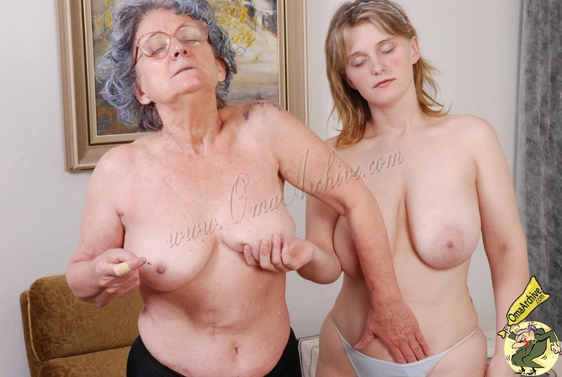 More Amateur Grannies From OmaArchive Here With Next 14 Sites For One